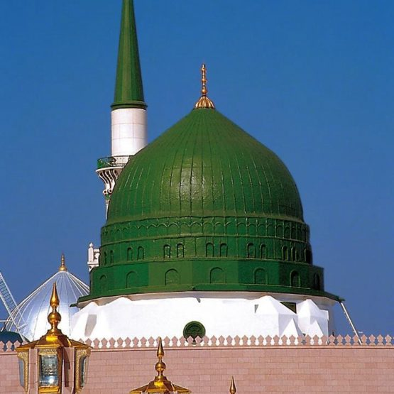 Dome_of_Prophets_Mosque_-_Medina